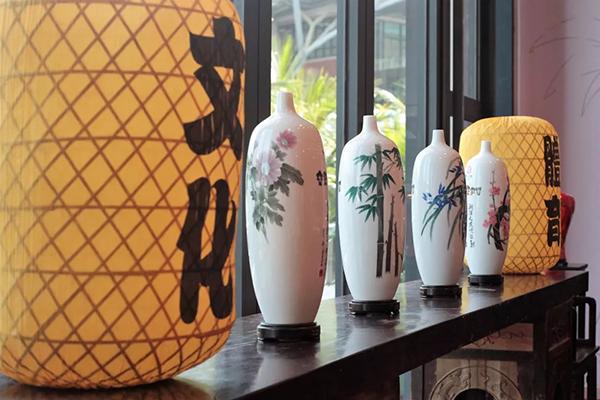 庆祝新中国成立七十周年,中国体育与国际奥林匹克珍藏品展览,体育收藏,冰雪收藏,收藏家李祥